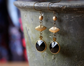 Black and Gold Dangle Earrings // Gold Fan Earrings, Black and Gold Earrings // Boho Chic Earrings, Modern Earrings, Winter Fashion