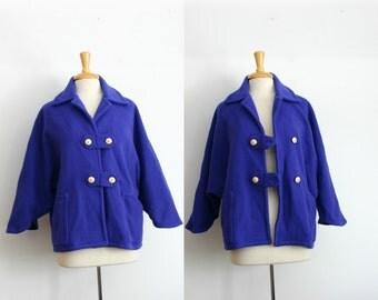 1980s cropped Valdecrafts wool dolman sleeve waist length jacket, size medium or large