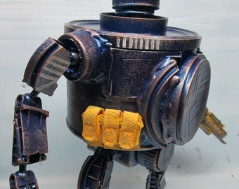 assemblage war robot