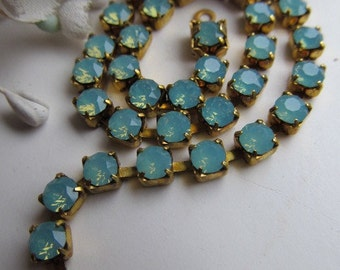 Swarvovski Sea Green Opal Rhinestone Chain