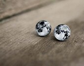 Full moon earrings -  moon jewelry - moon sweet earrings - astronomy stud earrings
