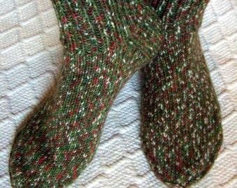 Christmas tree -wool socks Boys Womens teens Warm durable cozy handknit Boot socks green red white big size Gift idea Handmade in FINLAND