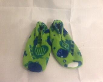 Green Turtle Print Fleece Booties/Slippers