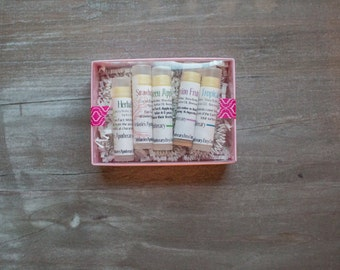 Lip Balm Gift Set of 5 - Natural Chapstick - Bridesmaid Gift Set - Gift for Girls - Cocoa Butter and Shea Butter Chapstick