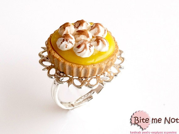 Food Jewelry Lemon Pie Ring, Lemon Tart Ring, Miniature Food, Dessert Ring, Mini Food, Kawaii Jewelry, Dessert jewelry