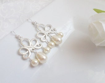 FREE United States Shipping Scroll Swarovski Pearl Bridesmaid Earrings Bridal Jewelry Bridesmaid Gift Chandelier Pearl Earrings