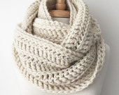 CROCHET INFINITY SCARF, 100% Baby Alpaca, Knit Eternity Scarf, Chunky Ribbed Scarf, Double Wrap Scarf, Winter, Neutral - Cream