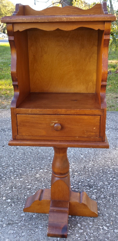 Vintage Telephone Stand 85