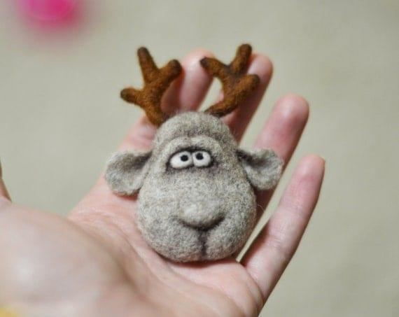 brosche weihnachten deer weihnachtsgeschenk christmas. Black Bedroom Furniture Sets. Home Design Ideas