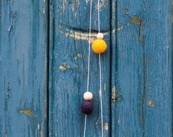 Minima 01 - Colorful Felt Necklace