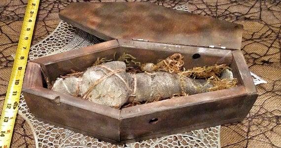 "Ancient Egyptian Medium ""RIP"" Antiqued Mummy Crypt"