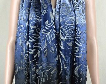 Gradual color blue velvet scarf, flocking of high-grade real silk scarves, silk burnt-out velvet scarves, shawls