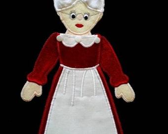 In Hoop Hanging Mrs Claus