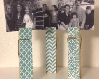 "6"" clothespin reversible photo holder, recipe holder, your choice of colors"