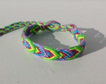 Knotted friendship bracelet, leaf pattern