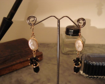 earring pendant with mother of Pearl