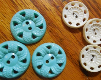 3 Turquoise and 3 Ivory color Buttons.