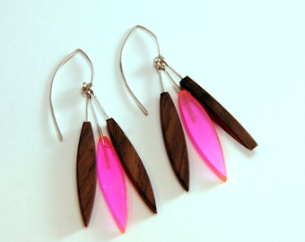 Modern Feather Earrings - Pink (EF004)