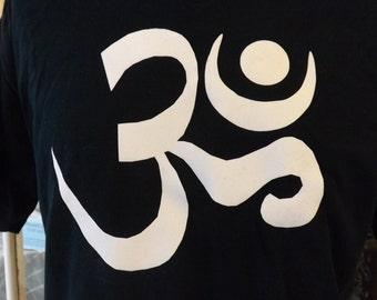 Om t-shirt , Aum t-shirt
