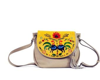 Hand Painted Fine Grain Leather Purse - Fayette Polska Polish Beige Yellow Messenger Bag by Lyria.ro