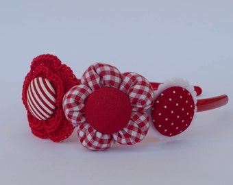 Headband with flowers in shades of Red