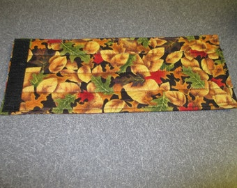 Fabric Beverage Can Wrap in Beautiful Fall Colors Leaf Pattern