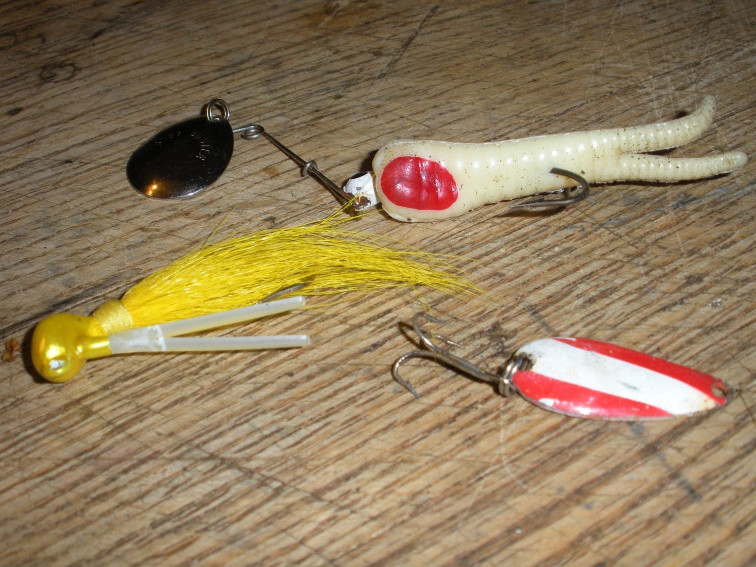 Three vintage fishing lake lures by coloradobackroads on etsy for Vintage fishing lure identification