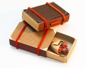 Personalized Anniversary Day Card/ Tiny Love Card/ Anniversary Gift/ Miniature Suitcase with Bouquet of Roses Matchbox/ Dark Brown Wood