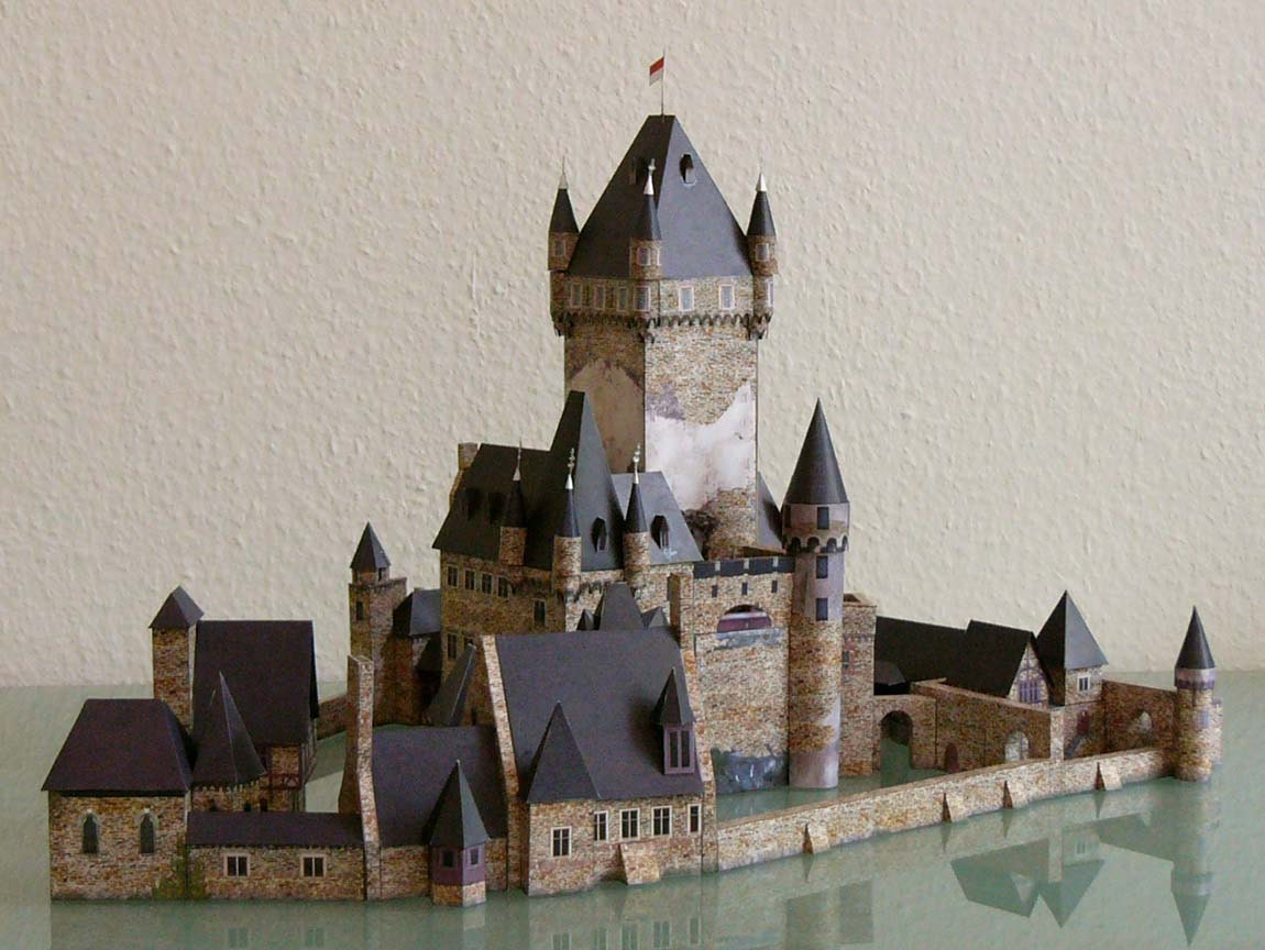 how to build a model castle out of paper