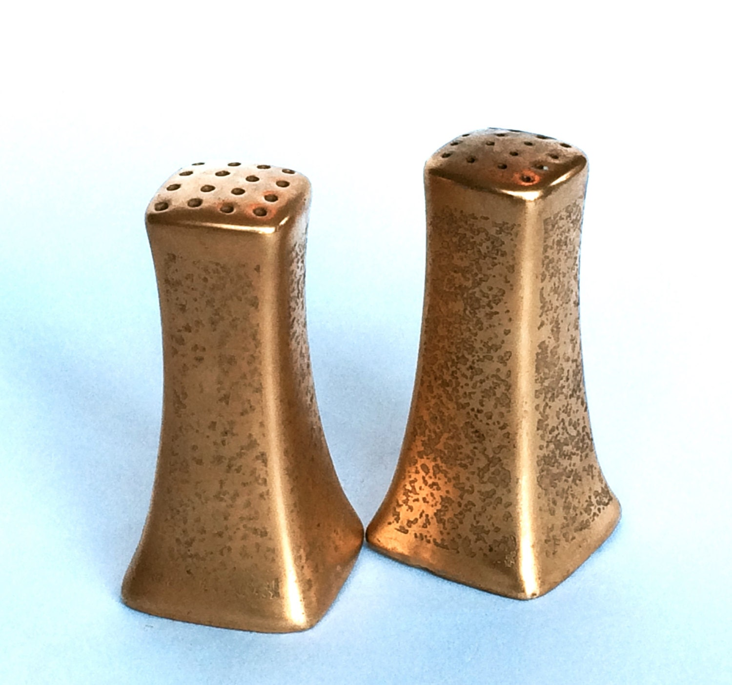 Art Deco Gold Salt And Pepper Shakers By Themarketbybpd On