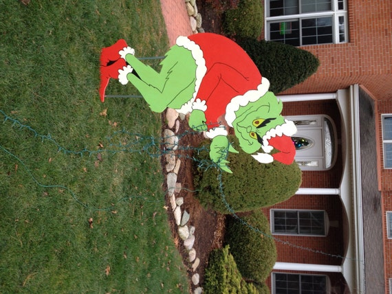 Christmas Decorations Grinch Outdoor : Grinch stealing christmas lights yard art decoration