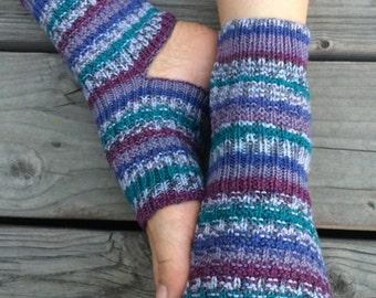 Hand Knit Yoga Socks (Teal Tease)
