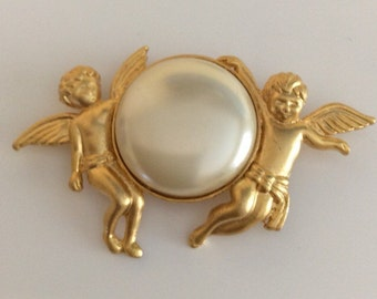 Vintage Gold Angels and Pearl pendant, pin