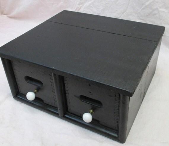 2 tiroirs en bois meuble classeur rangement par theoldgrainery for Bureau meuble traduction