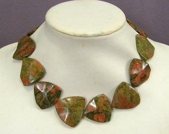 Necklace Unakite 30mm Wave Triangles NSEP5495