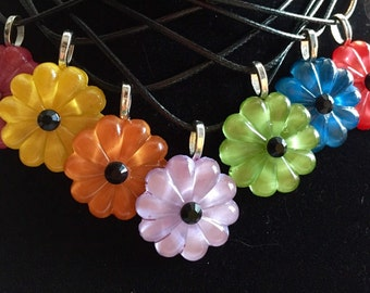 Chandelier pendant rosette/daisy. Many colors available