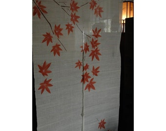 """traditional linen noren, door way curtain. Japanese maple on white (08KD04) 35""""W x 59""""L"""