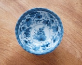 2 small Japanese rice bowls porcelain blue and white
