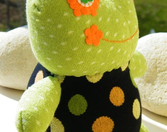 Free Shipping Handmade Frog Sock Stuffed Toy Home Decor Soft Doll Baby Birthday Gift Unique Design
