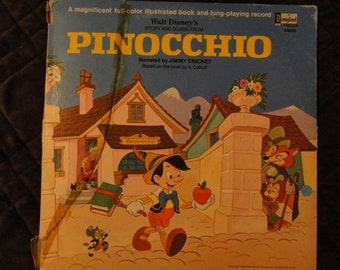 Vintage 1969 Walt Disney's Pinocchio Book & Record