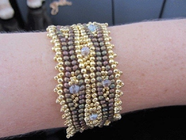 Tutorial Herringbone Weave Bracelet