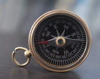 Brass antique vintage style pocket magnetic compass campaigning hiking