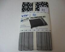Cranston VIP Fabric Pillowcase Kit Black White Make 1 Std. Pillowcase In About An Hour! 100% Cotton 3 Coordinating Fabrics Free Shipping!