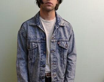 Acid Washed Blue Levi Denim Jean Jacket Vintage