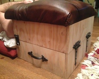 Custom Smother and Facesitting Box that is Fully Lockable