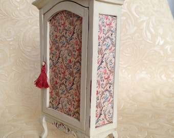 1/12th Scale Miniature Dollshouse Cream Armoire Cabinet Unit