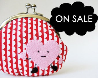 coin purse change purse kiss lock coin purse pink heart red stripes valentine's day kawaii children kids running heart