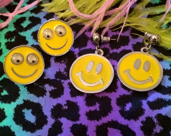 Vintage Smiley Face Earrings