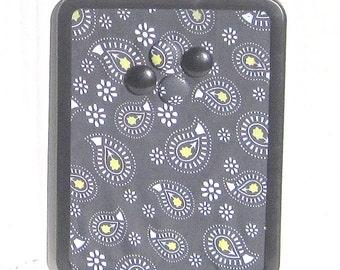 Gray Paisley Magnet Board, Magnet Magnetic Memo Bulletin Board, Magnetic Pin Board, 8x11 Magnetic Message Board, Kitchen Decor