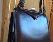 Brown Pleather Vinyl Vintage Handbag Purse Unbranded 1960s Bag Medium Everyday
